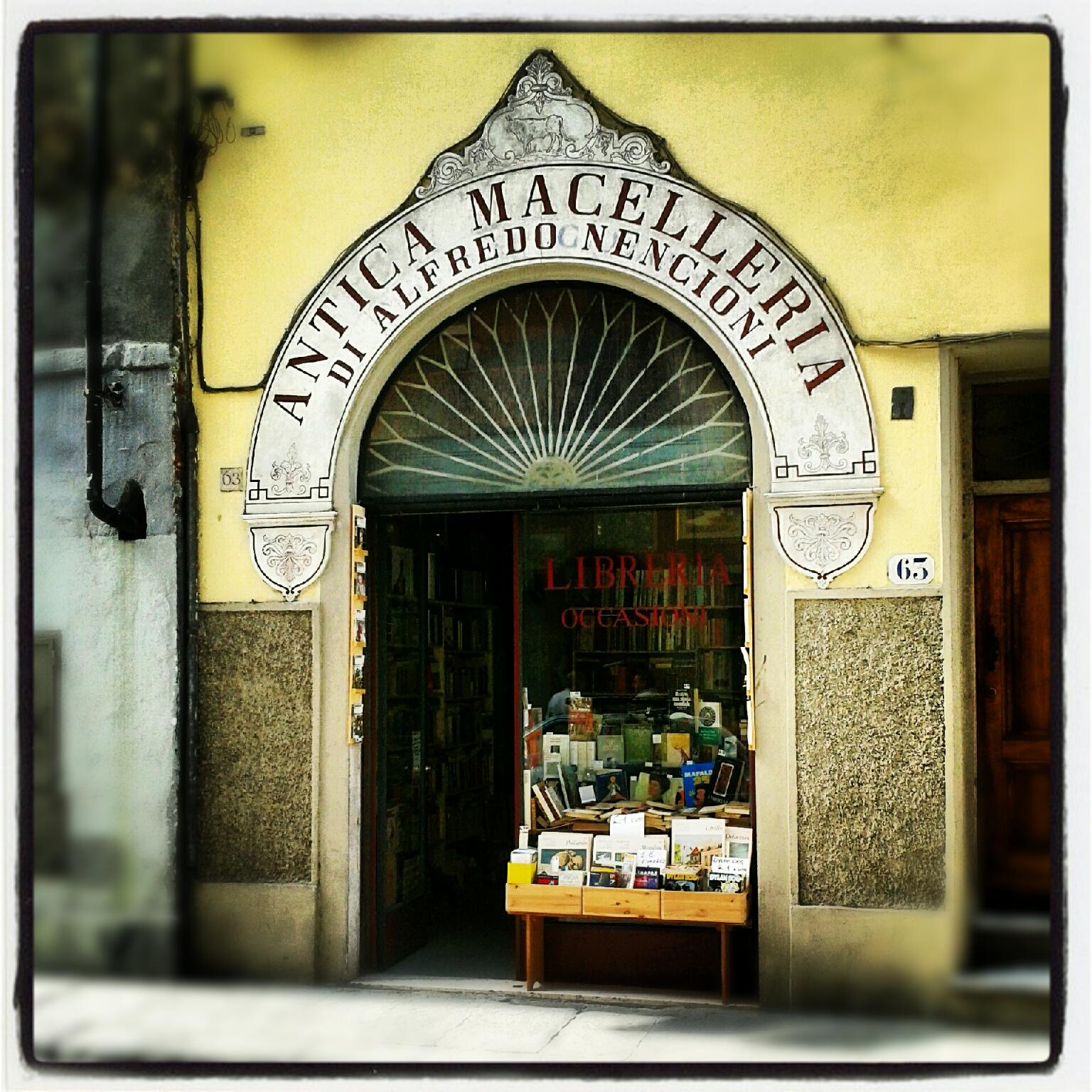 Antica macelleria ma nuova libreria