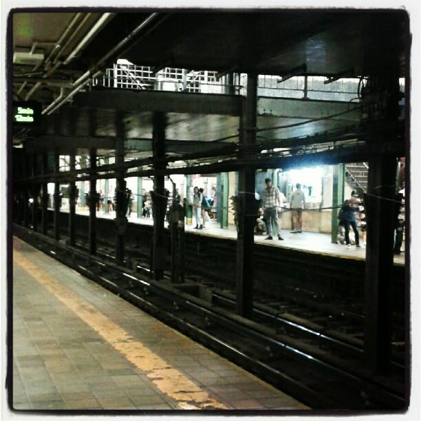 Treni, stazioni, fermate e coincidenze... La #vitapendolare non va in vacanza